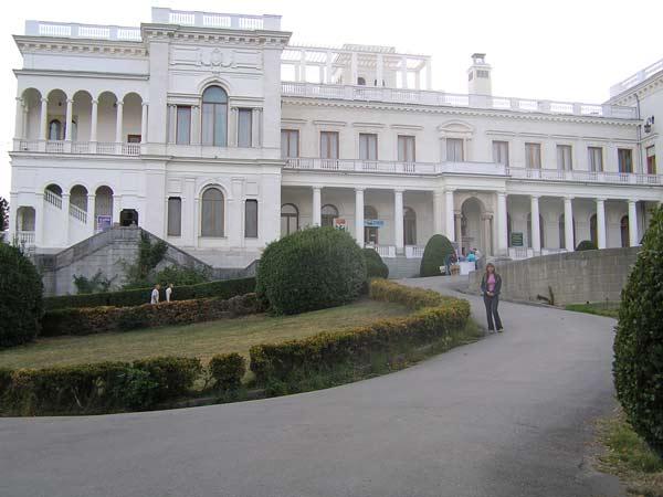 Левадийский дворец
